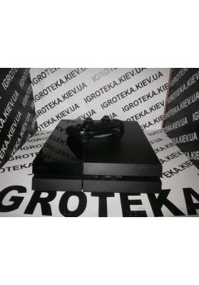 PlayStation 4 [бу] + пакет игр на 1Tb